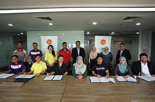 Signing Ceremony between KPS & Training Providers